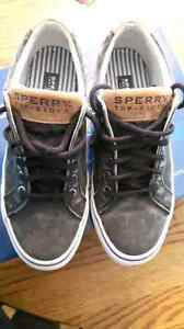 Sketches Sperry - Size 8.5 Mens
