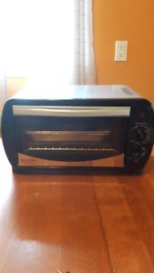 Betty Crocker toaster oven