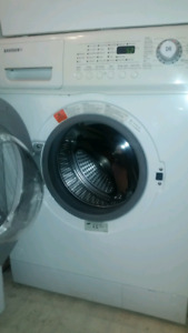 Laveuse frontale compact (24') Samsung compact washing machine
