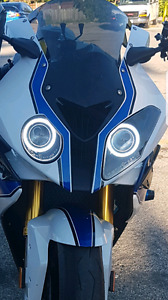 2014 BMW S1000RR HP4 headlights