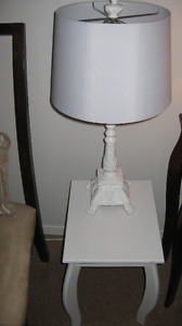 2 white lamps (small solid wood table extra*)