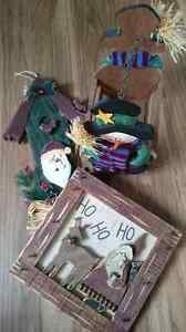 3 Christmas Decorations - Basket and Wall Hangings Edmonton Edmonton Area image 1