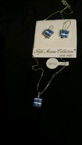 Necklace and earring set. (fifth avenue)