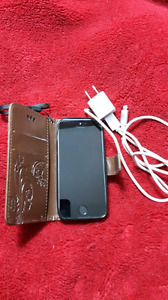 iPhone 5s, like new - no contract
