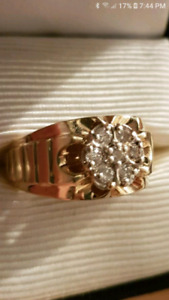 Mens 10k size 11 rolex ring.