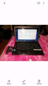 """Gently used Toshiba laptop 15"""" I3"""