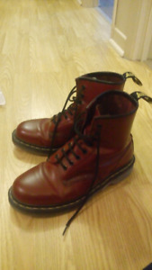 Dr Martens cherry red Size 8,5 (m) or 10 (w)