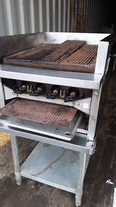 "RESTAURANT*24""GRILL W TABLE*ONLY395"