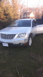Chrysler Pacifica very good condition please no emails