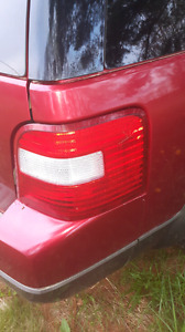 2005 Ford freestyle taillights