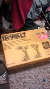 DeWALT Drill/Driver Impact Driver combo kit