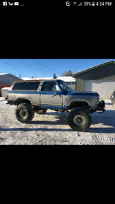 "1980 dodge ramcharger on 42""tires"