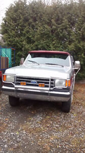 1989 Ford Pick-Up 250