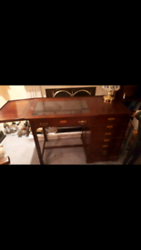 Felix Mongue desk and chair