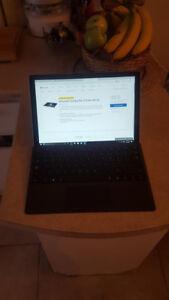 Tablette  surface Pro i7 8go 256 go