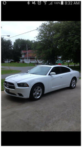 Dodge charger sxt 2011