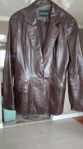 Leather coats Kingston Kingston Area image 1