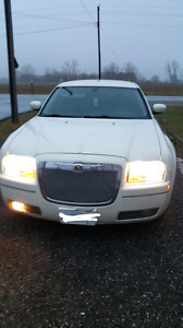 2005 Chrysler 300 etested