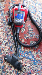 """Dirt Devil  """" Breeze""""  Featherlite Canister Power Vacuum Cleaner"""