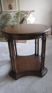 Ash Hardwood Side / Accent Table