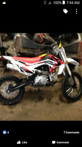 Brand new dirt bike 125cc
