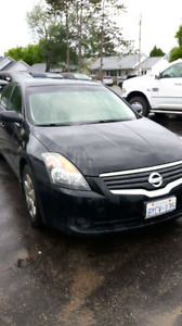 Selling my 2007 Nissan Altima 2.5s