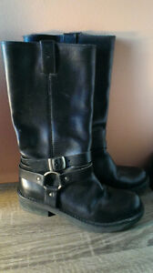 Womens vintage leather motorcycle  boots sz 37