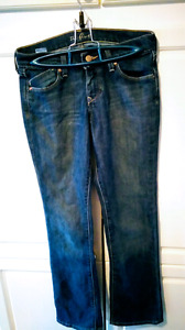 SPRING CLEAROUT, JEANS SALE!!