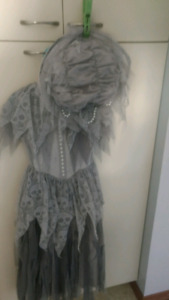 Halloween Ghoul/dead bride dress with hat