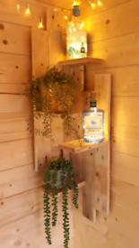 Corner gin shelf for summerhouse