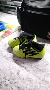 Kids Cleats