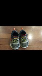 Size 5 Skechers flashing shoes