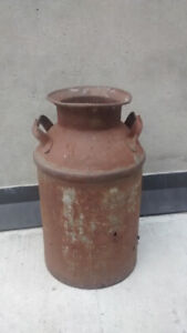 Vintage Milk Can >> DELIVERY INCLUDED !