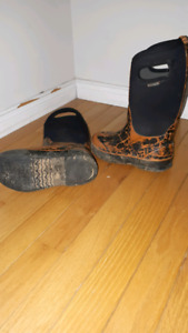 Boys winter boots size 11