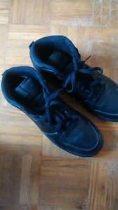 Nike Basketball Shoes Mens Size 6