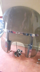 """H-D 24"""" quick release smoked windshield,excellent condition"""
