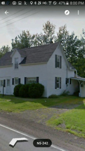 House for rent ,  4 bedroom with 3 1/2 acres of woodland sheds