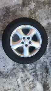"""16"""" Ford focus winter tires  on mags Kitchener / Waterloo Kitchener Area image 1"""