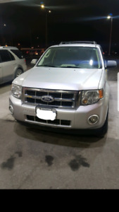 2010 Ford Escape,clean carproof,no rust