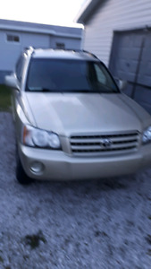 2003 Toyota high lander for sale as is asking 2000.00
