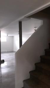 Sous-sol de maison à loué