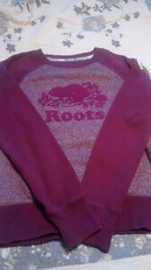 ROOTS sweatshirt.  Girls SZ:L