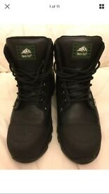 Brand New Rock Fall Black Leather Men's Safety Shoes Size 9 (43)
