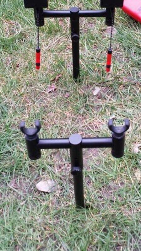 Fox black label 2 rod set up carp fishing in dartford for Fishing rod setup