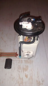 2007-2011 KIA RONDO POMPE A CARBURANT 311101D500 FUEL PUMP