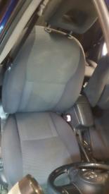 TOYOTA RAV4 RAV 4 INTERIOR/SEATS MK2 2000-2005.