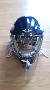Goalie ringette helmet also good for hockey.