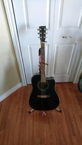 Used - Vagabond acoustic - electric guitar