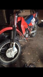 Selling my 85 cr 500 project bike.