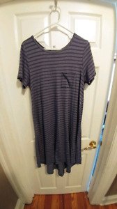 Lularoe Carly small